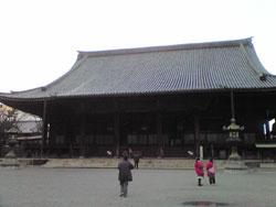京都の東本願寺です