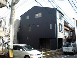 建てる、直す、かけつけるは地元密着の工務店:嶋田工建